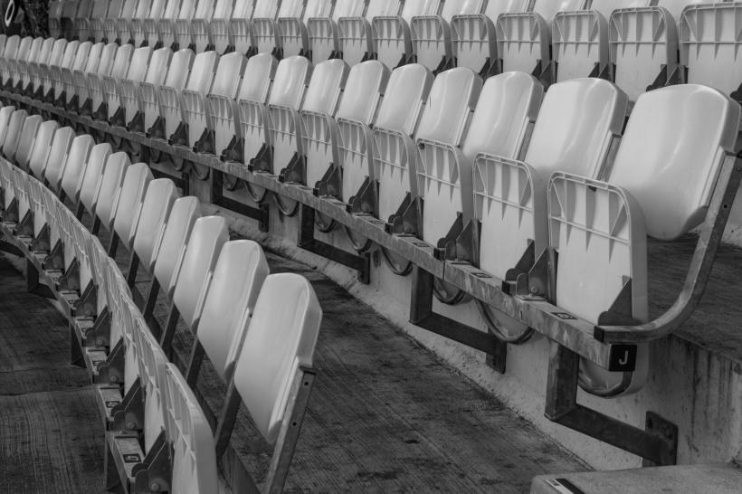 B&W seats