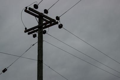 vertical lines-2